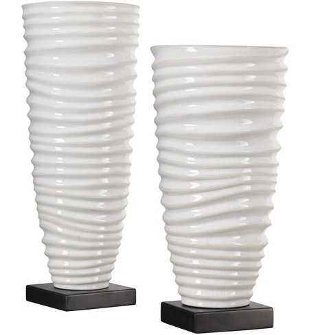 Kiera Aged White Vases (Set of 2)