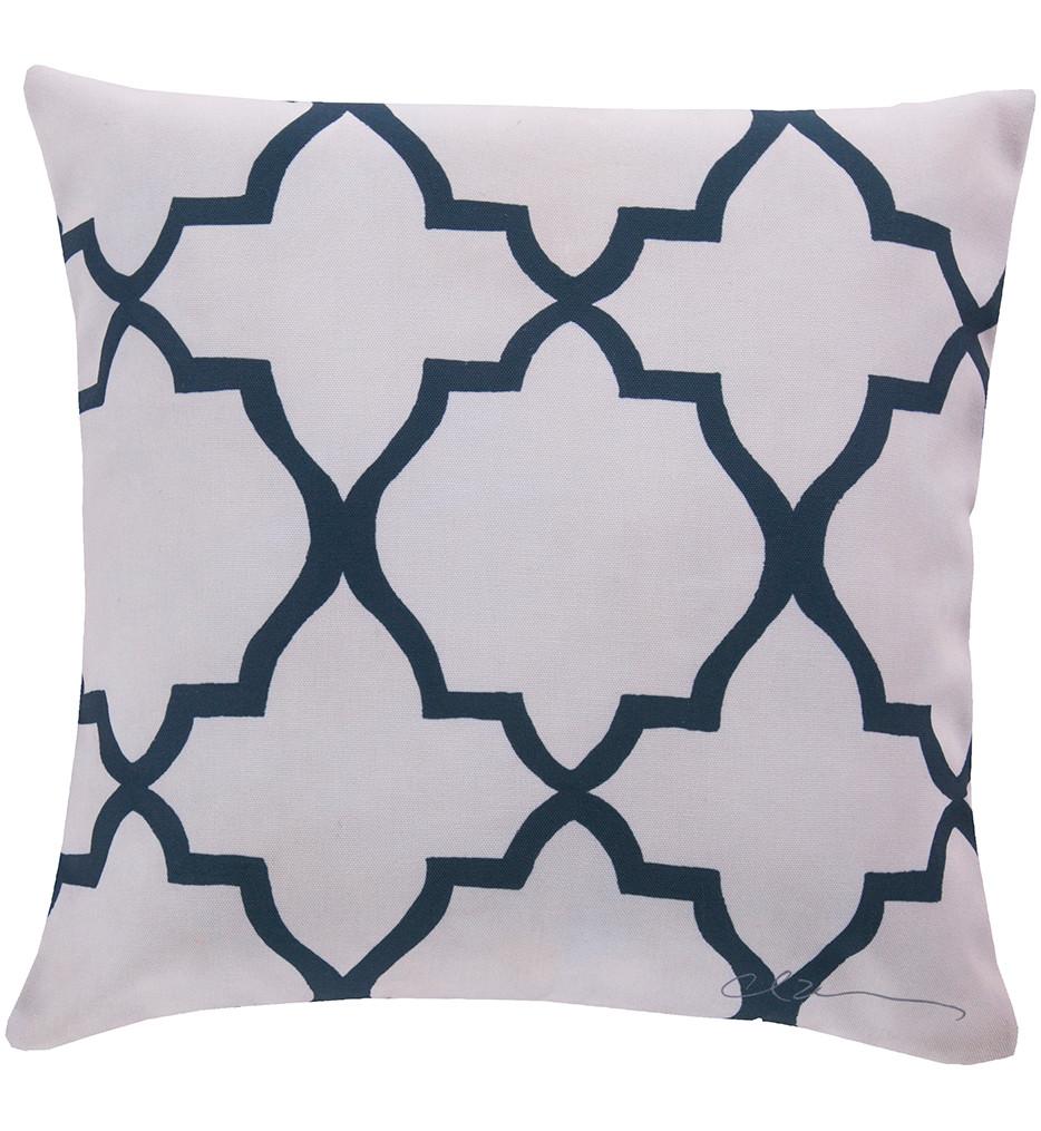 Surya - Quatrefoil Decorative Pillow